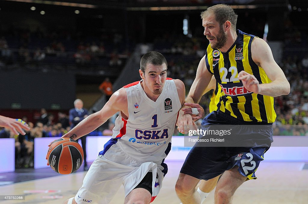 Nando De Colo #1 of CSKA Moscow competes with Luka Zoric #22 of Fenerbahce Ulker Istanbul during the Turkish Airlines Euroleague Final Four Madrid...