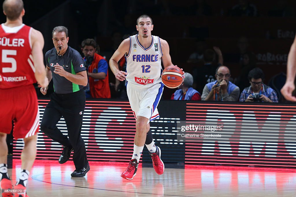 Nando De Colo of France brings the ball up during the EuroBasket Final Phase Round 16 game between France v Turkey at Stade Pierre Mauroy on...