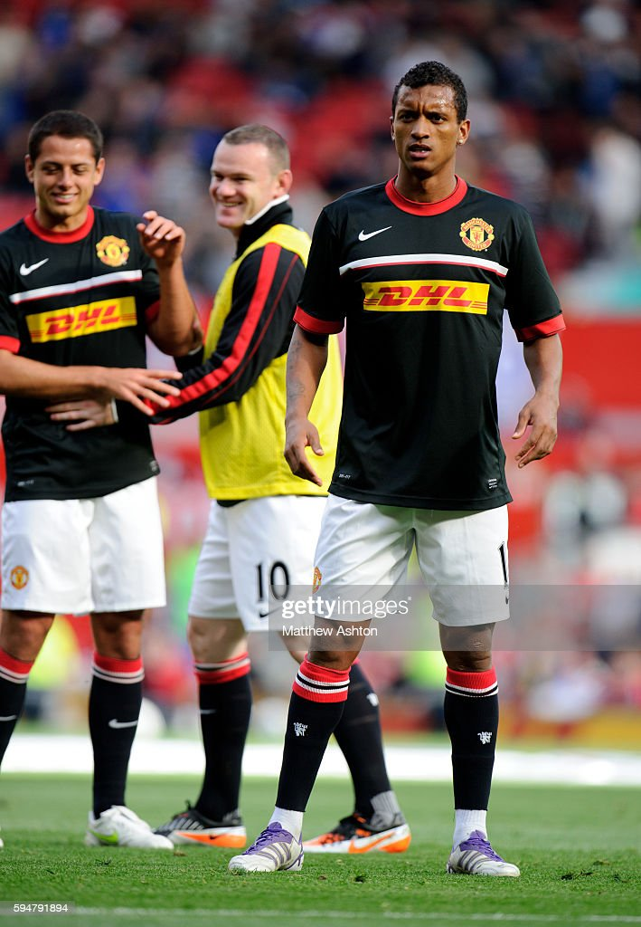 Nani of Manchester United in DHL sponsored training top