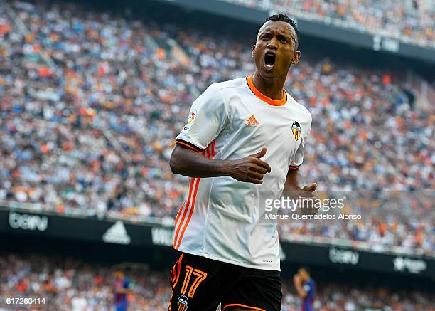 Nani of Valencia reacts during the La Liga match between Valencia CF and FC Barcelona at Mestalla Stadium on October 22 2016 in Valencia Spain