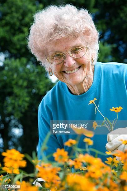 Nanna Gardening