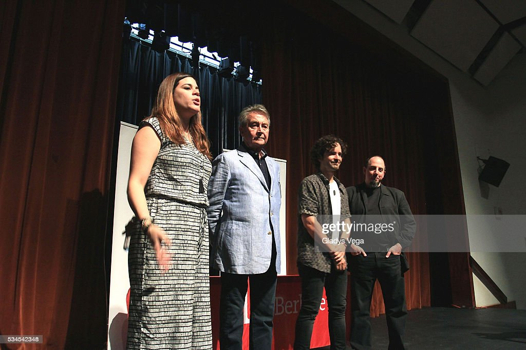 Nannette Velez of Latin GRAMMY Cultural Foundation, Manolo Diaz, VP Latin GRAMMY Cultural Foundation, <a gi-track='captionPersonalityLinkClicked' href=/galleries/search?phrase=Tommy+Torres&family=editorial&specificpeople=3043126 ng-click='$event.stopPropagation()'>Tommy Torres</a> and Jason Camelio, Director Global Initiatives of Berklee, participates of Latin GRAMMY Master Class at Escuela de Bellas Artes on May 26, 2016 in Carolina, Puerto Rico.