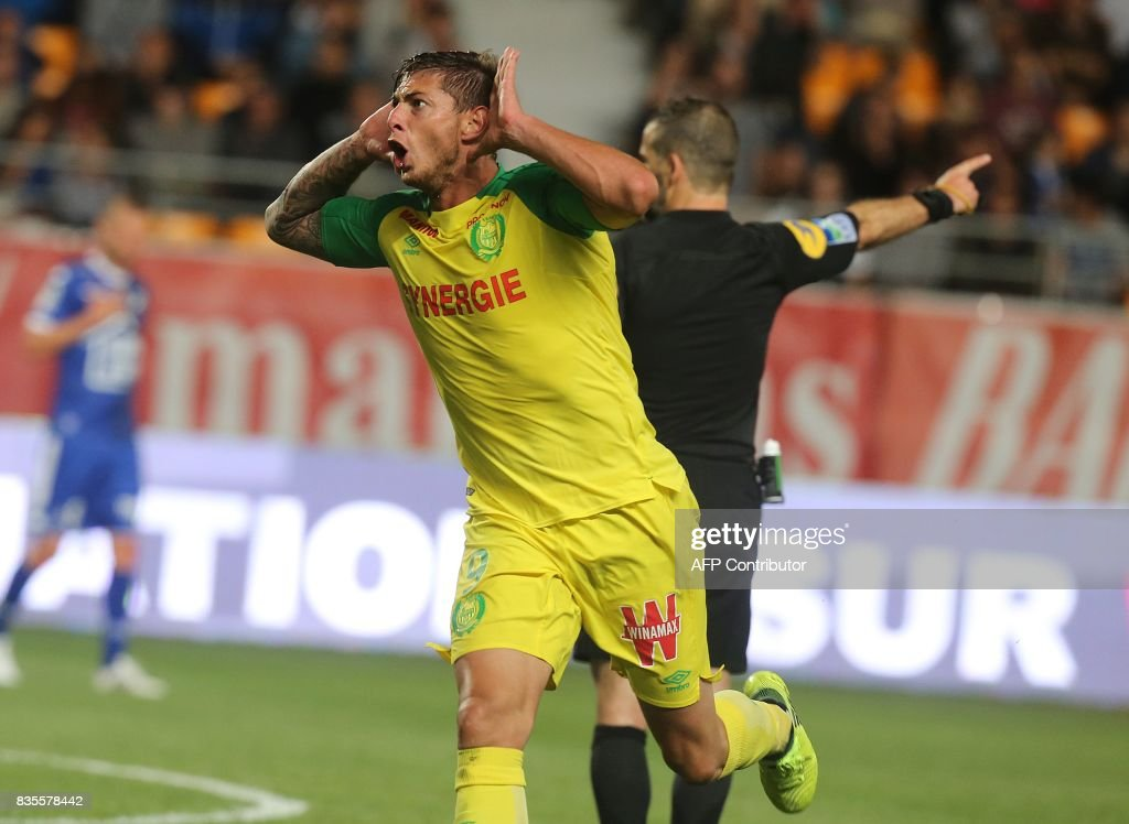 Nantes' Argentinian forward Emiliano Sala celebrates after scoring a goal during the French L1 football match between Troyes (ESTAC) and Nantes (FCN) on August 19, 2017, at the Aube stadium in Troyes, eastern France. /