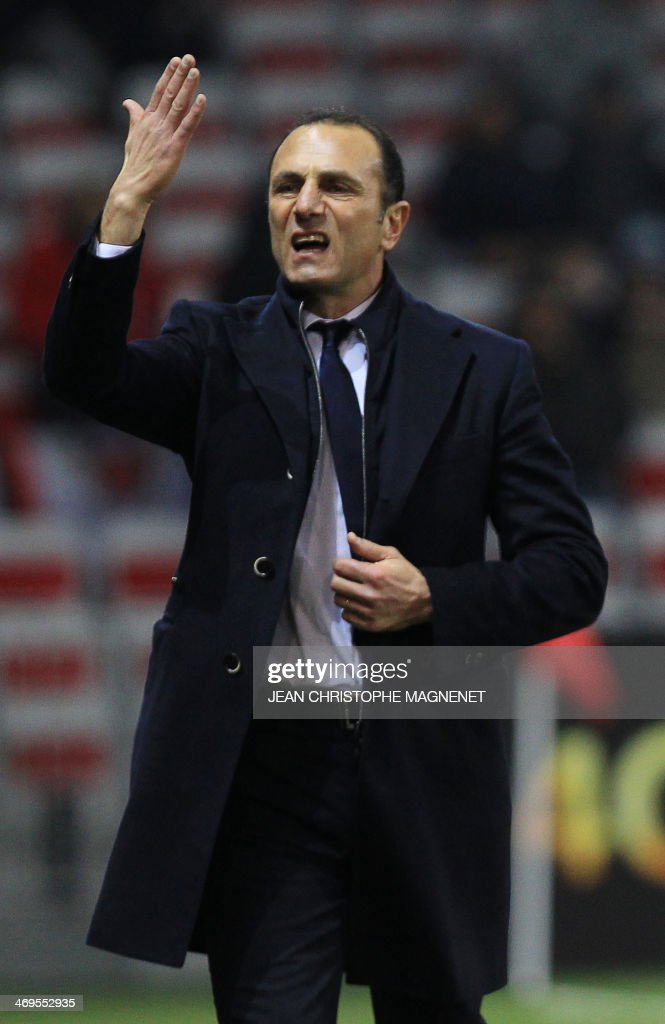 Nantes' French-Arrmenian coach Michel Der Zakarian gestures during the French L1 football match between OGC Nice (OGCN) and FC Nantes (FCN) on February 15, 2014, at the Allianz Riviera stadium, in Nice, southeastern France.