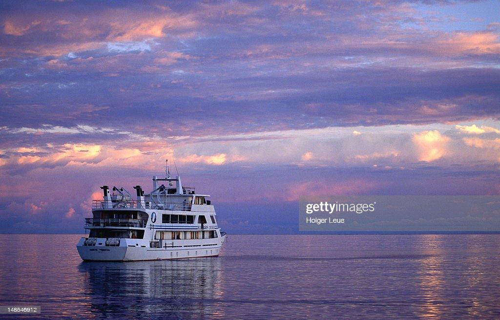 MV Nanuya princess at dusk, Blue Lagoon cruise. : Stock Photo