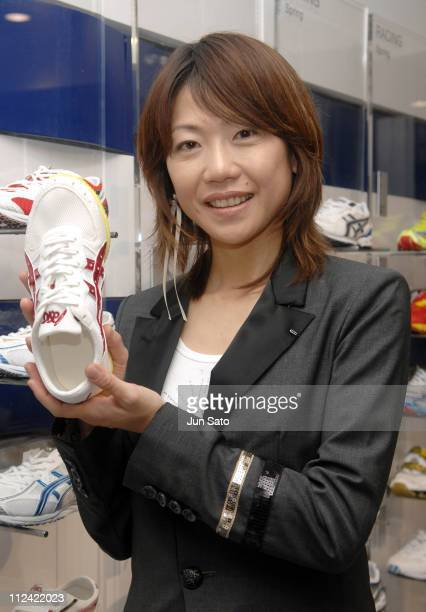 Naoko Takahashi gold medalist of women's marathon in 2000 Sydney Olympic Games