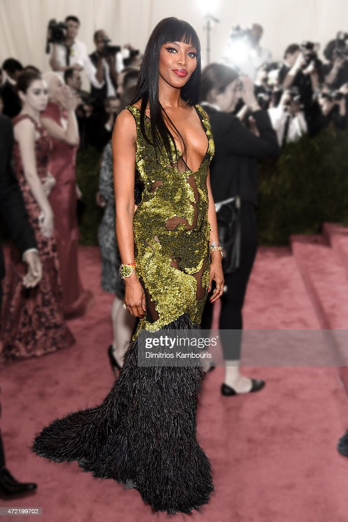 <a gi-track='captionPersonalityLinkClicked' href=/galleries/search?phrase=Naomi+Campbell&family=editorial&specificpeople=171722 ng-click='$event.stopPropagation()'>Naomi Campbell</a> attends the 'China: Through The Looking Glass' Costume Institute Benefit Gala at the Metropolitan Museum of Art on May 4, 2015 in New York City.