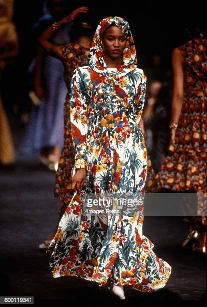 Naomi Campbell on the runway at the Sonia Rykiel Spring 1989 fashion show circa 1988 in Paris France