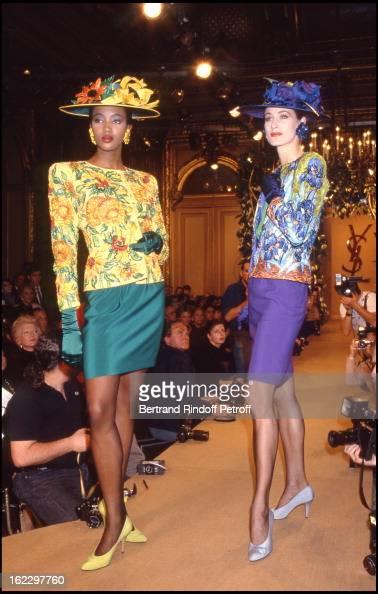 Naomi Campbell Yves Saint Laurent 1988 Spring/Summer ReadyToWear Fashion Show