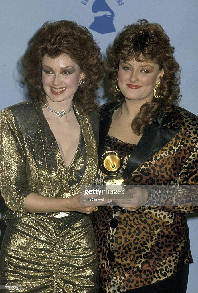 Naomi Judd and Wynonna Judd at the Shrine Auditorium in Los Angeles, California