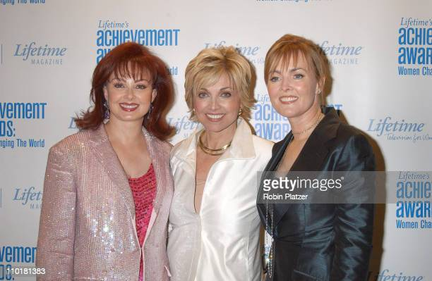 Naomi Judd Carole Black Laura Innes of 'ER' during Lifetime's Acheivement Awards Women Changing the World at The Hammerstein Ballroom in New York...