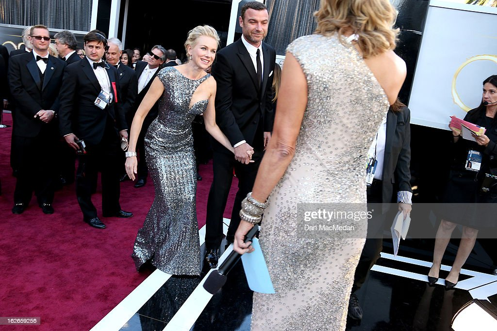 Naomi Watts and Liev Schreiber arrive at the 85th Annual Academy Awards at Hollywood & Highland Center on February 24, 2013 in Hollywood, California.