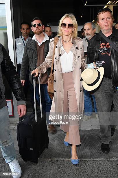Naomi Watts arrives at Nice airport during the annual 69th Cannes Film Festival at Nice Airport on May 10 2016 in Nice France
