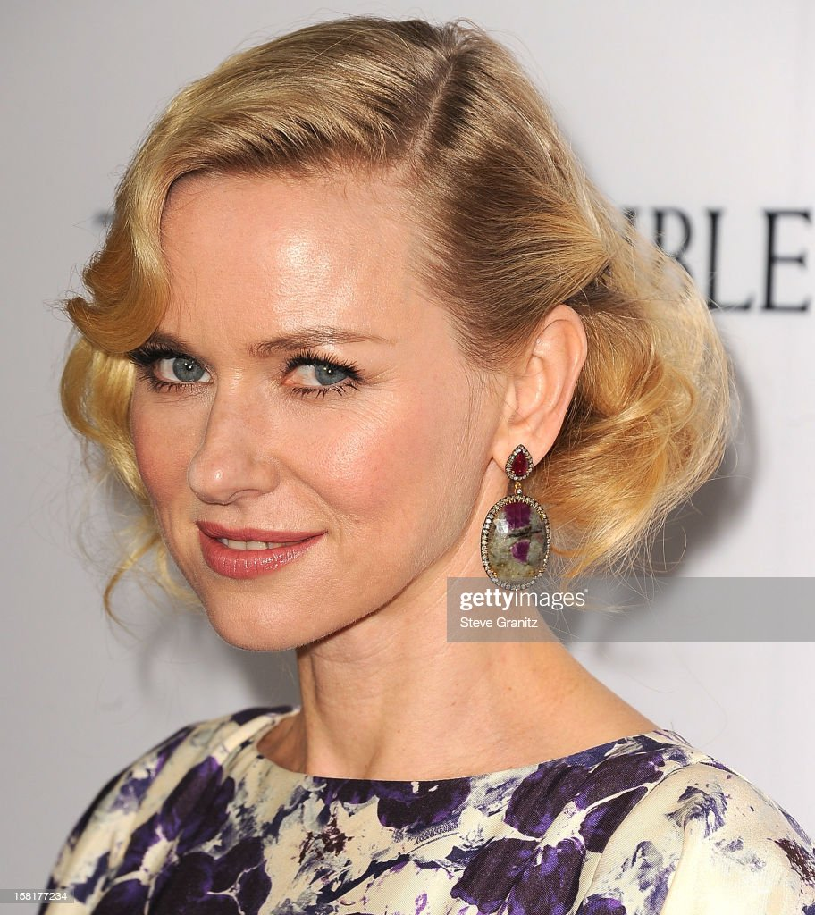 <a gi-track='captionPersonalityLinkClicked' href=/galleries/search?phrase=Naomi+Watts&family=editorial&specificpeople=171723 ng-click='$event.stopPropagation()'>Naomi Watts</a> arrives at the 'The Impossible' - Los Angeles Premiere at ArcLight Cinemas Cinerama Dome on December 10, 2012 in Hollywood, California.