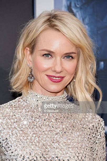 Naomi Watts attends the 'Allegiant' New York premiere at AMC Lincoln Square Theater on March 14 2016 in New York City