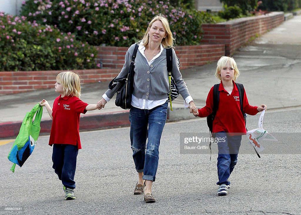 <a gi-track='captionPersonalityLinkClicked' href=/galleries/search?phrase=Naomi+Watts&family=editorial&specificpeople=171723 ng-click='$event.stopPropagation()'>Naomi Watts</a> (C) is seen with her two sons, Sammy Schreiber and Sasha Schreiber on January 29, 2014 in Los Angeles, California.
