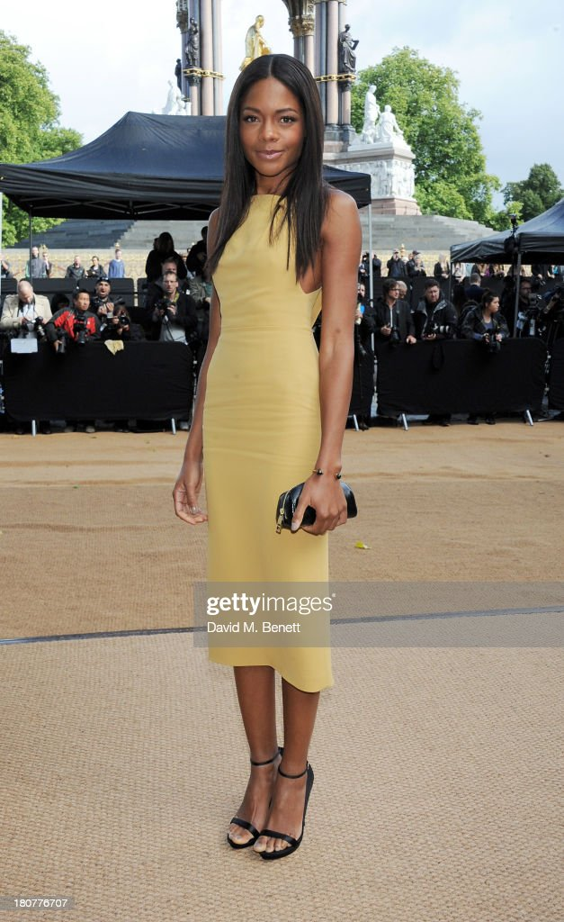 <a gi-track='captionPersonalityLinkClicked' href=/galleries/search?phrase=Naomie+Harris&family=editorial&specificpeople=238918 ng-click='$event.stopPropagation()'>Naomie Harris</a> arrives at Burberry Prorsum Womenswear Spring/Summer 2014 show during London Fashion Week at Kensington Gardens on September 16, 2013 in London, England.