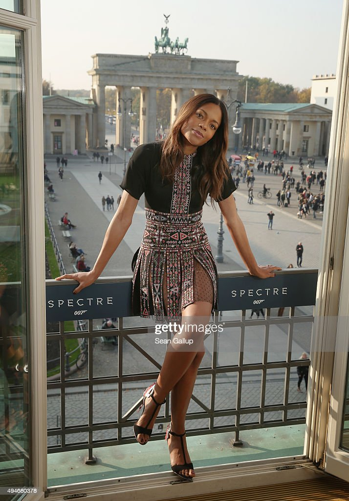 Naomie Harris stands with the Brandenburg Gate behind during a photocall prior the German premiere of the new James Bond movie 'Spectre' at Hotel...