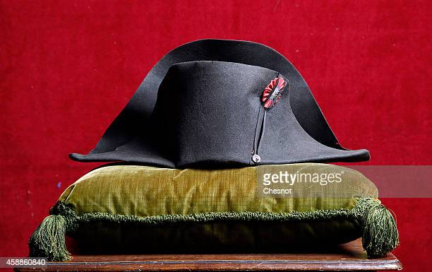 Napoleon's hat from the Napoleonic collection of the Palais de Monaco is displayed on November 12 2014 in Fontainebleau France The estimate of this...
