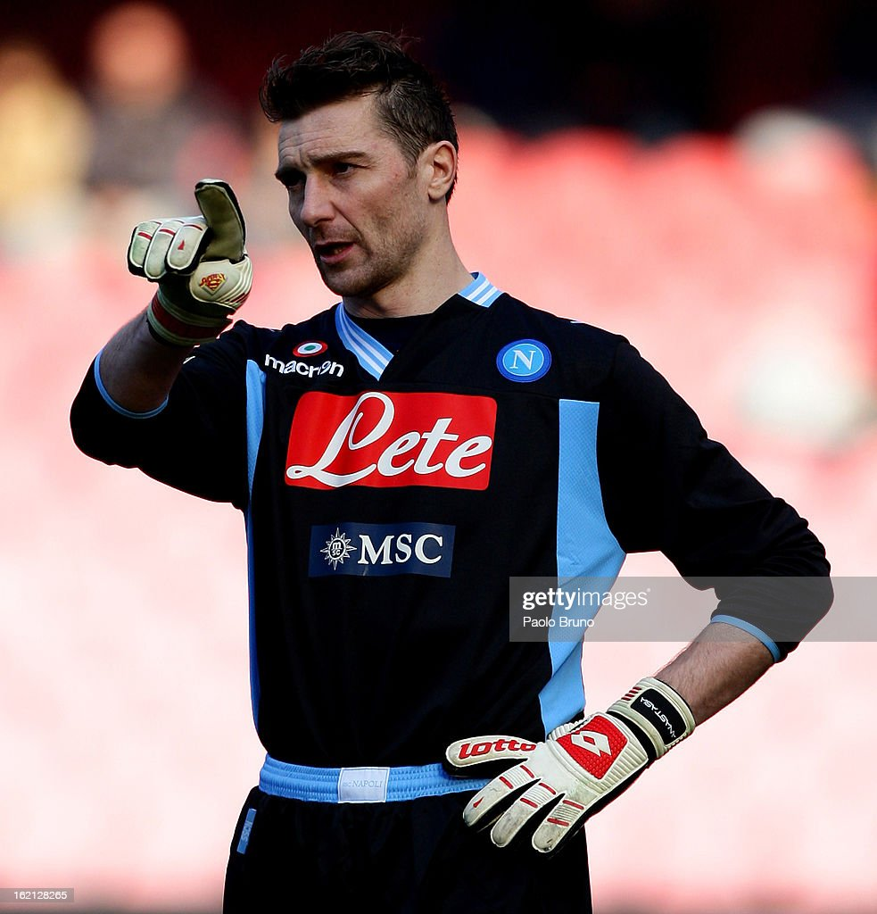 Napoli goalkeeper <a gi-track='captionPersonalityLinkClicked' href=/galleries/search?phrase=Morgan+De+Sanctis&family=editorial&specificpeople=615695 ng-click='$event.stopPropagation()'>Morgan De Sanctis</a> gestures during the Serie A match between SSC Napoli and UC Sampdoria at Stadio San Paolo on February 17, 2013 in Naples, Italy.