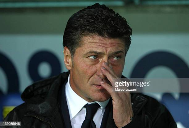 Napoli manager Walter Mazzarri looks on before the Serie A match between at Stadio Atleti Azzurri d'Italia on October 31 2012 in Bergamo Italy