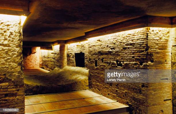 Napoli Sotterranea (underground passages).