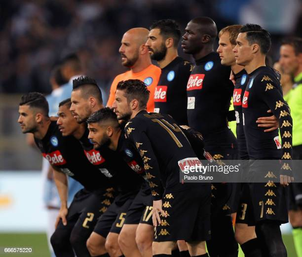 Napoli team poses during the Serie A match between SS Lazio and SSC Napoli at Stadio Olimpico on April 9 2017 in Rome Italy