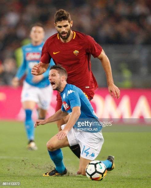 OLIMPICO ROME LAZIO ITALY Napoli's Belgian striker Dries Mertens fights for the ball with Roma's Argentinian defender Federico Fazio during the...