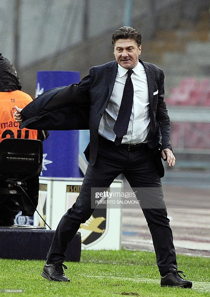 SSC Napoli's coach Walter Mazzarri gestures during an Italian Serie A football match SSC Napoli vs US Palermo at San Paolo Stadium in Naples on January 13, 2013.