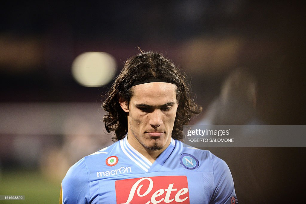 SSC Napoli's forward Edinson Cavani reacts with disappointment during the UEFA Europa League football match SSC Napoli vs Victoria Plzen at San Paolo Stadium in Naples on February 14, 2013.
