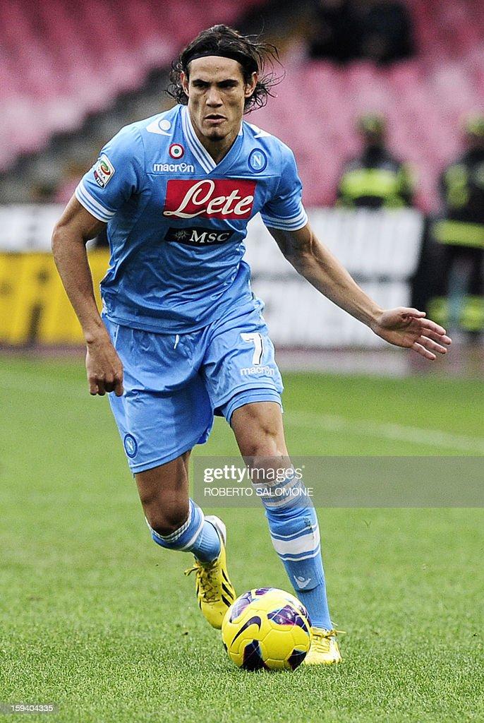 SSC Napoli's forward Edinson Cavani runs with the ball during an Italian Serie A football match SSC Napoli vs US Palermo at San Paolo Stadium in Naples on January 13, 2013.
