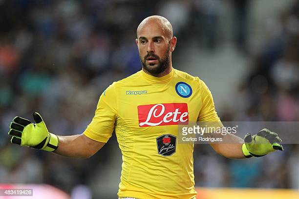 Napoli's goalkeeper Pepe Reina during the preseason friendly between FC Porto and Napoli at Estadio do Dragao on August 8 2015 in Porto Portugal