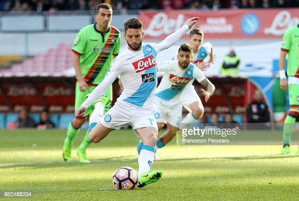 Napolis player Dries Mertens scores the 20 goal during the Serie A match between SSC Napoli and FC Crotone at Stadio San Paolo on March 12 2017 in...