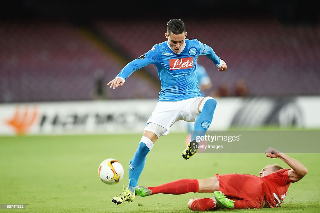 Napoli's player Josè Maria Callejon vies with Club Brugge player <a gi-track='captionPersonalityLinkClicked' href=/galleries/search?phrase=Timmy+Simons&family=editorial&specificpeople=794114 ng-click='$event.stopPropagation()'>Timmy Simons</a> during the UEFA Europa League match between Napoli and Club Brugge KV on September 17, 2015 in Naples, Italy.