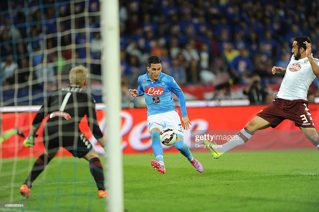 Napoli's player Jose maria callejon scores the goal of 2-1 during the Serie A football match SSC Napoli vs Torino at San Paolo Stadium in Naples on October 5 , 2014.