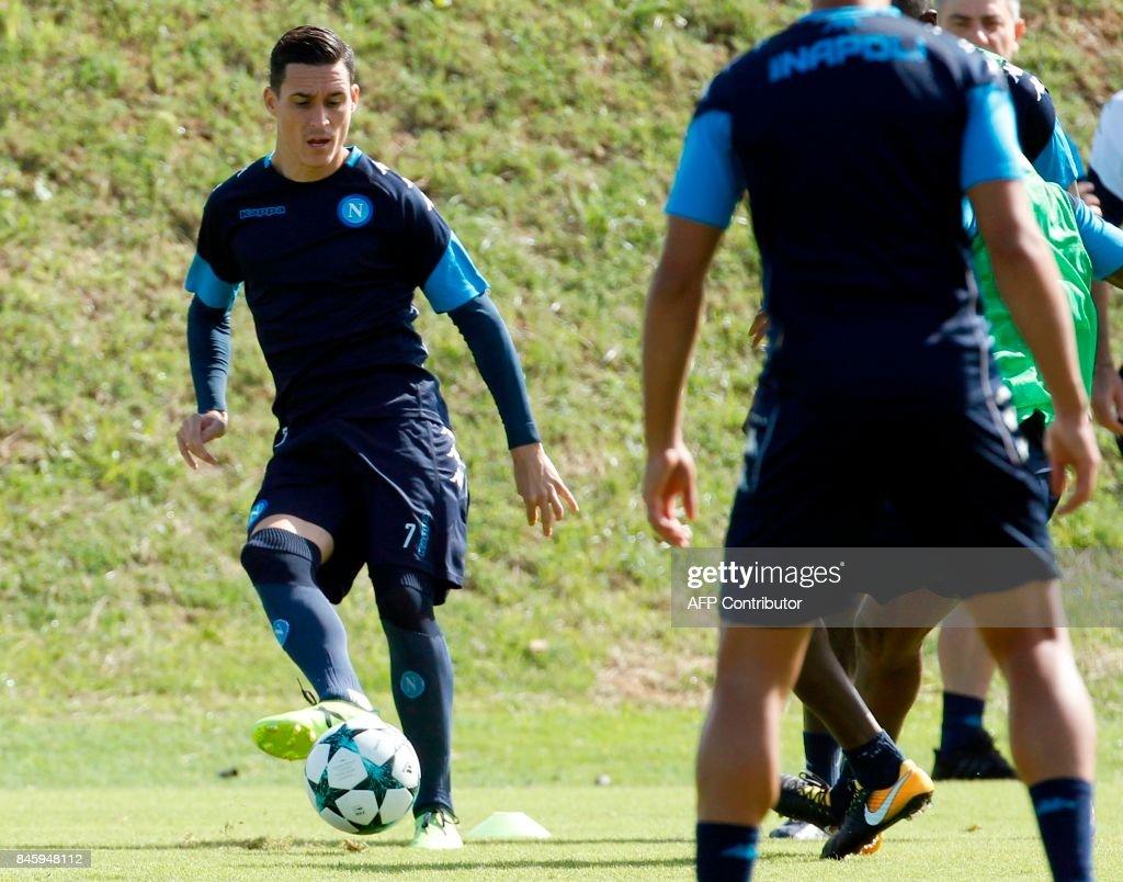 Napoli s Spanish forward Jose Maria Callejon controls the ball
