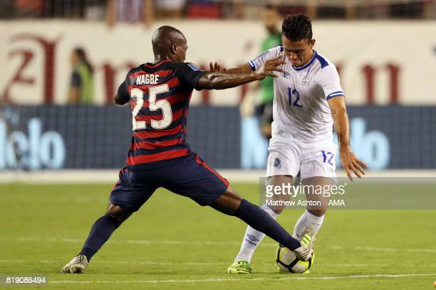 Narciso Orellana of El Salvador and Darlington Nagbe of United States of America during the 2017 CONCACAF Gold Cup Quarter Final match between United...