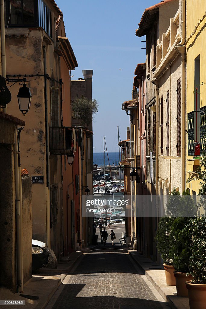 Narrow street in Cassis