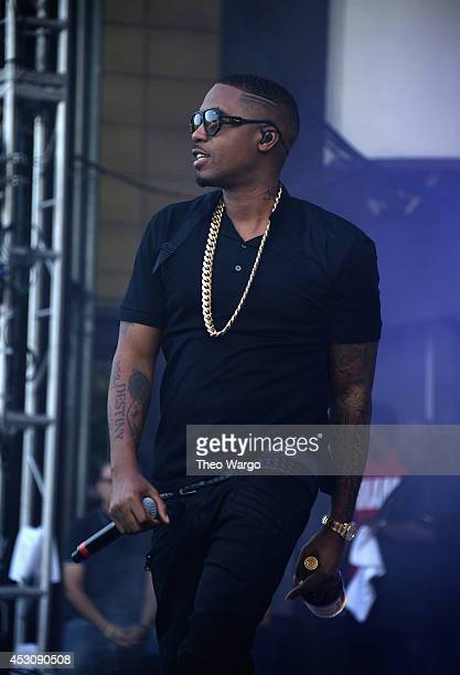 Nas performs at Palladia stage during 2014 Lollapalooza Day Two at Grant Park on August 2 2014 in Chicago Illinois