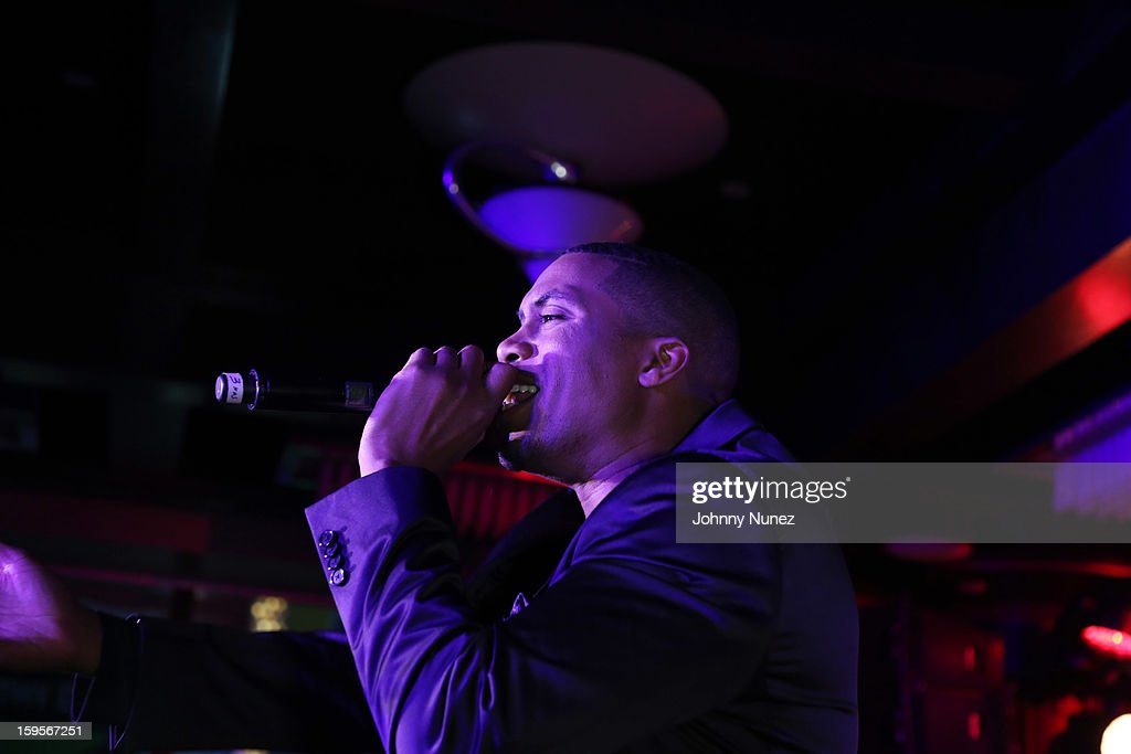 Nas performs at the Hennessy VS Introduces Nas As Newest Partner event at R Lounge at the Renaissance New York Times Square Hotel on January 15, 2013 in New York City.