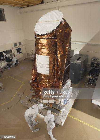 Nasa'S Kepler Spacecraft The Kepler Spacecraft In A Clean Room At Ball Aerospace Technologies Corp Boulder Colo Sept 2008