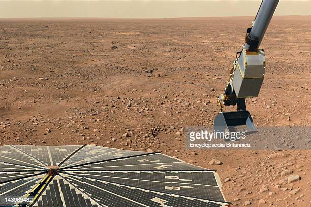 Nasa'S Phoenix Mars Lander The Robotic Arm Of Phoenix Scooping Martian Soil To Be Examined By An Onboard Microscope June 10 2008