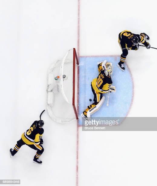 Nashville Predators center Frederick Gaudreau scores a third period goal against Pittsburgh Penguins goalie Matt Murray in Game One of the 2017 NHL...