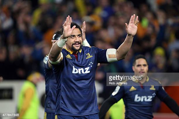 Nasi Manu of the Highlanders acknowledges the Highlanders supporters after victory over the Chiefs during the Super Rugby Qualifying Final match...