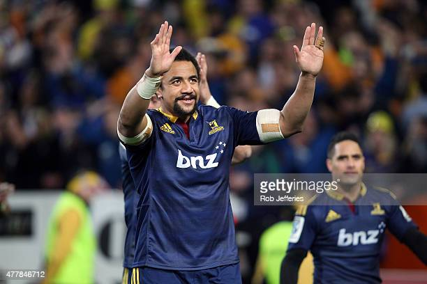 Nasi Manu of the Highlanders shows his appreciation to their supporters after beating the Chiefs during the Super Rugby Qualifying Final match...
