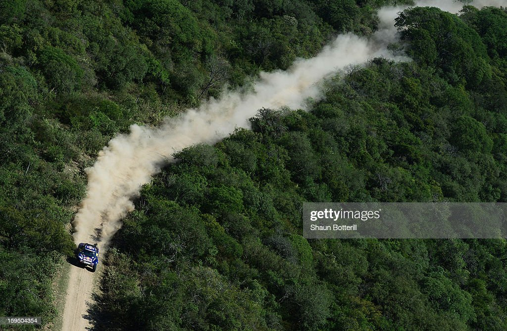 Nasser Al-Attiyah and co-driver Lucas Cruz of team Buggy compete in stage 9 from Tucuman to Cordoba during the 2013 Dakar Rally on January 14 in Tucuman, Argentina.