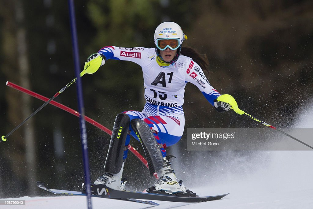Nastasia Noens of France races down the course whilst competing in the Audi FIS Alpine Ski World Cup Slalom Race on December 29, 2012 in Semmering, Austria.