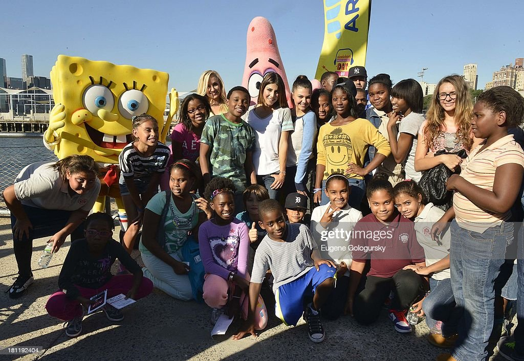 Nastia Liukin,Curtis Harris Jr., Daniella Monet and Amber Montana attend the Nickelodeon And Brooklyn Bridge Park Host Mini-Triathlon on September 19, 2013 in New York City.