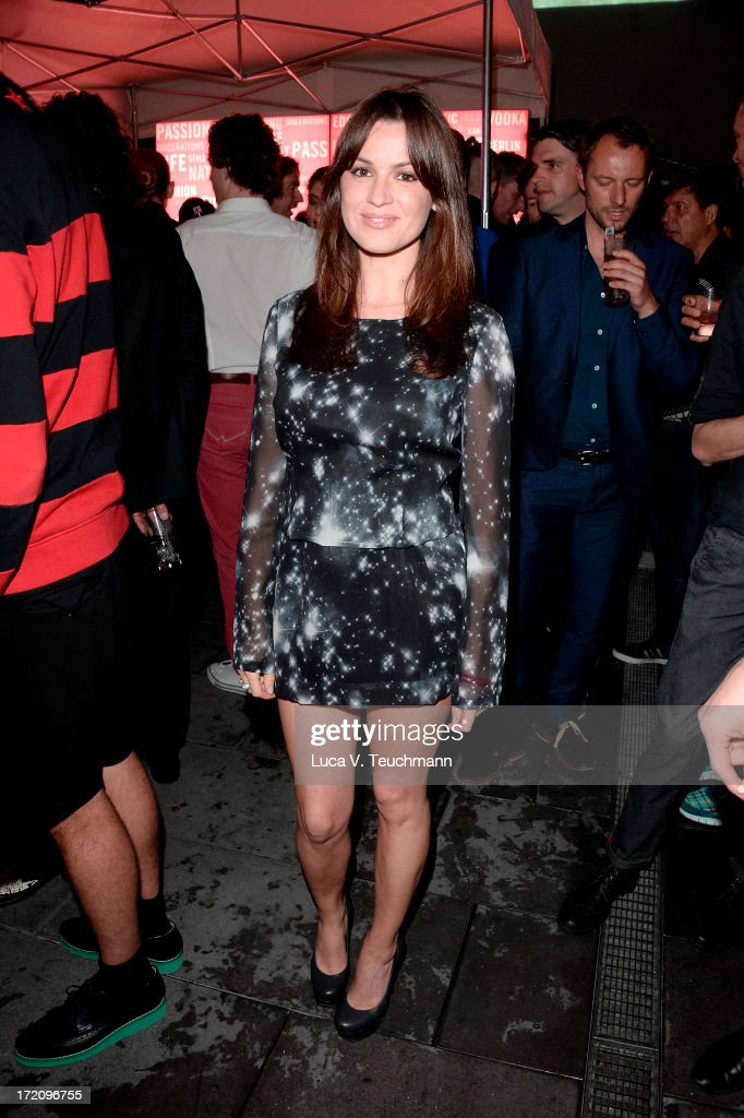 <a gi-track='captionPersonalityLinkClicked' href=/galleries/search?phrase=Natalia+Avelon&family=editorial&specificpeople=4121814 ng-click='$event.stopPropagation()'>Natalia Avelon</a> attends the Belvedere Vodka and Interview Magazine Party at THE BELVEDERE HOTEL by Q! on July 1, 2013 in Berlin, Germany.