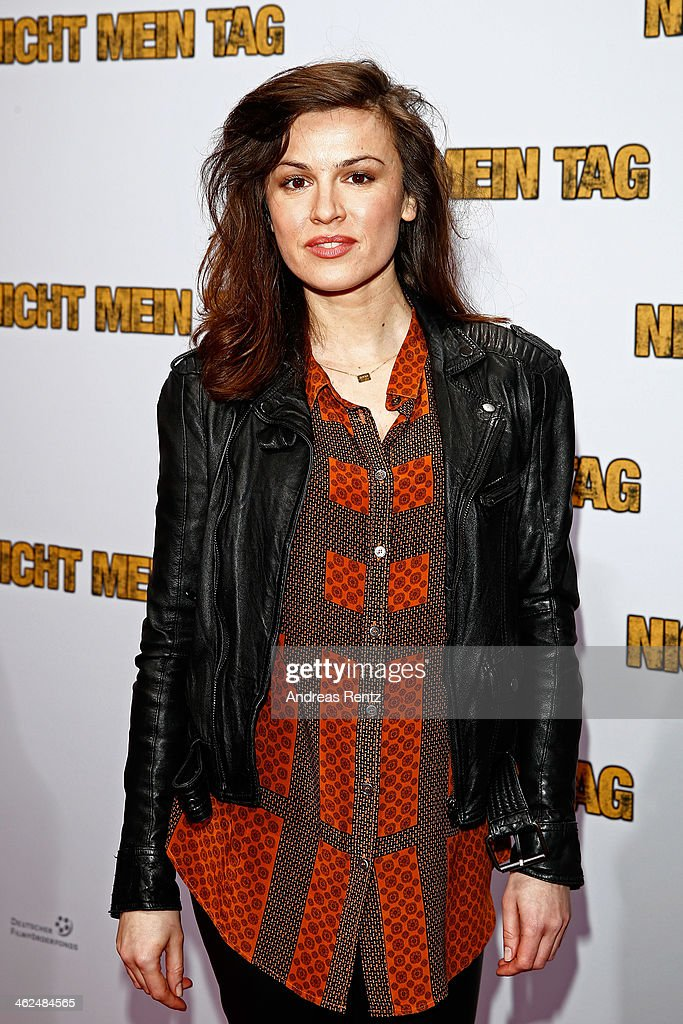 Natalia Avelon attends the premiere of the film 'Nicht mein Tag' at CineStar on January 13 2014 in Berlin Germany